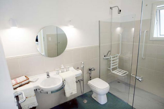 insight-feb2015-bathroom-article